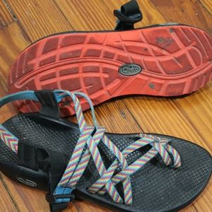 practically new fiesta chaco zx/2 yampa sandels